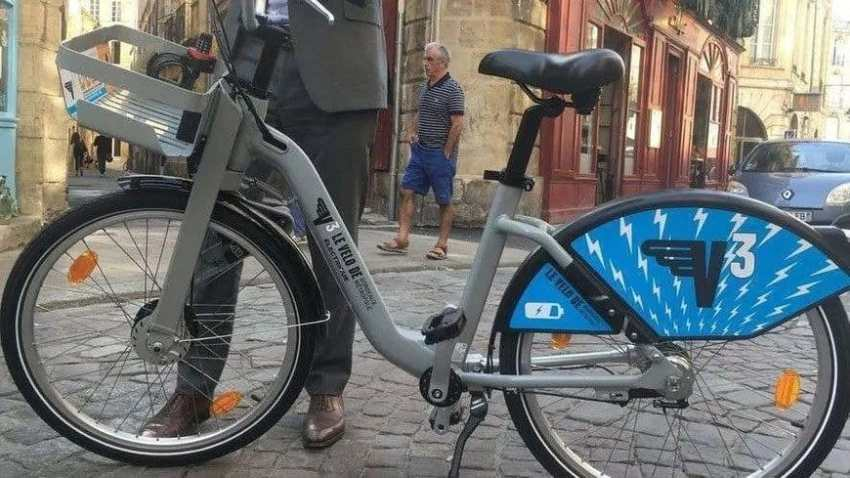 Easy E-Biking - 1,000 Electric Bicycles Arrive to Bordeaux, France