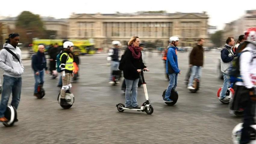 Easy E-Biking - too many e-vehicles in cities, helping to make electric biking practical and fun