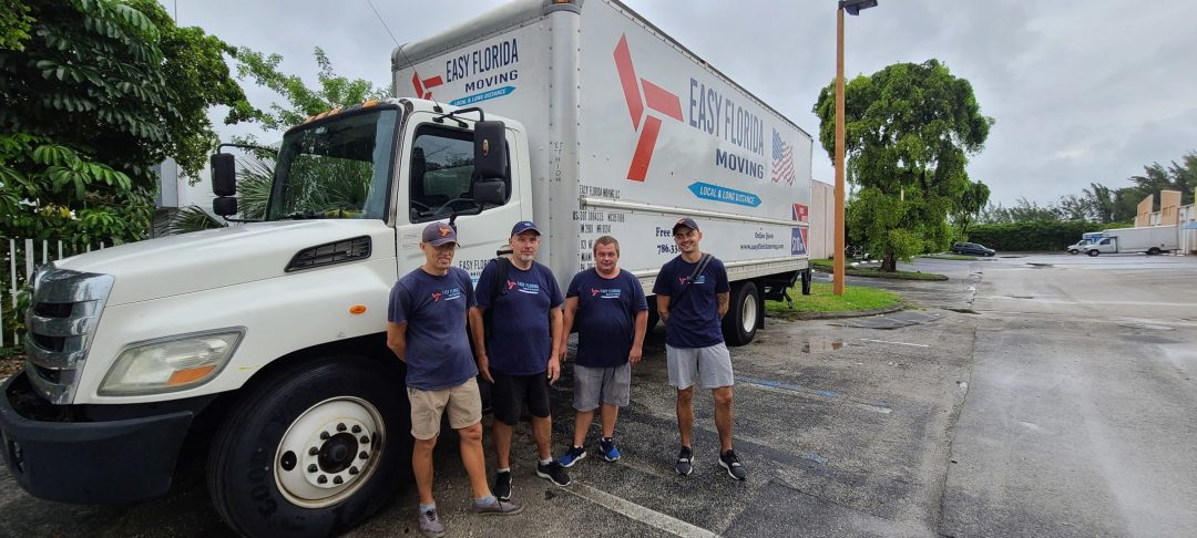 Hire 4 Movers or more at Easy Florida Moving