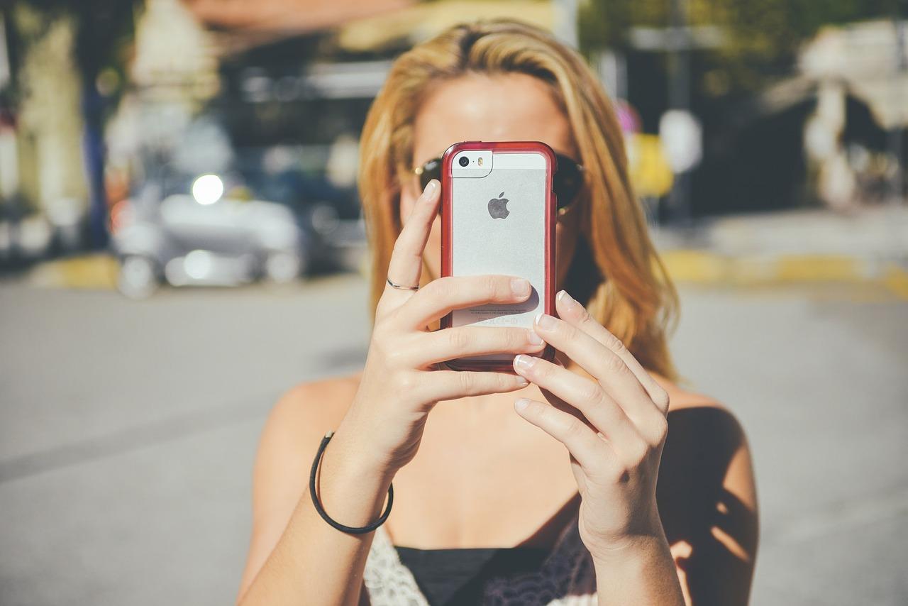 Smartphone Mädchen