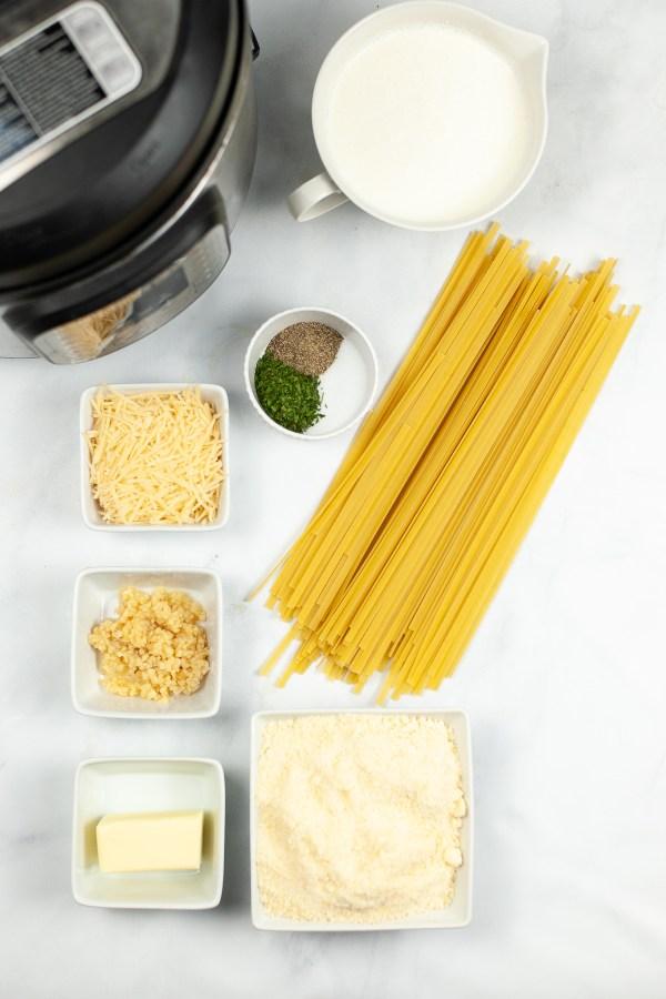 Alfredo in the Instant Pot ingredients