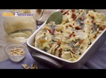 Sweet and sour sardines (sarde in saor) traditional Italian recipe (VIDEO)