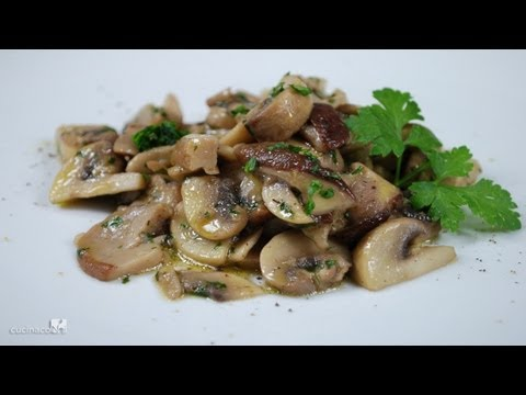Sauteed mushrooms traditional italian recipe video easy sauteed mushrooms traditional italian recipe video easy italian recipes forumfinder Choice Image