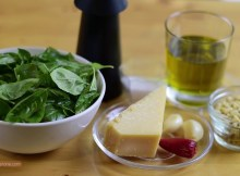 Basil Pesto Sauce Rezept mit allen natürlichen Zutaten (VIDEO)
