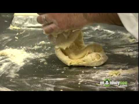 How to Make Ravioli Dough (VIDEO)