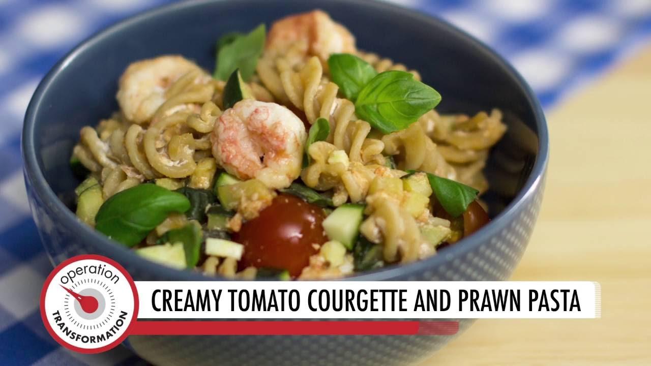 Creamy Tomato, Courgette, and Prawn Pasta (VIDEO)