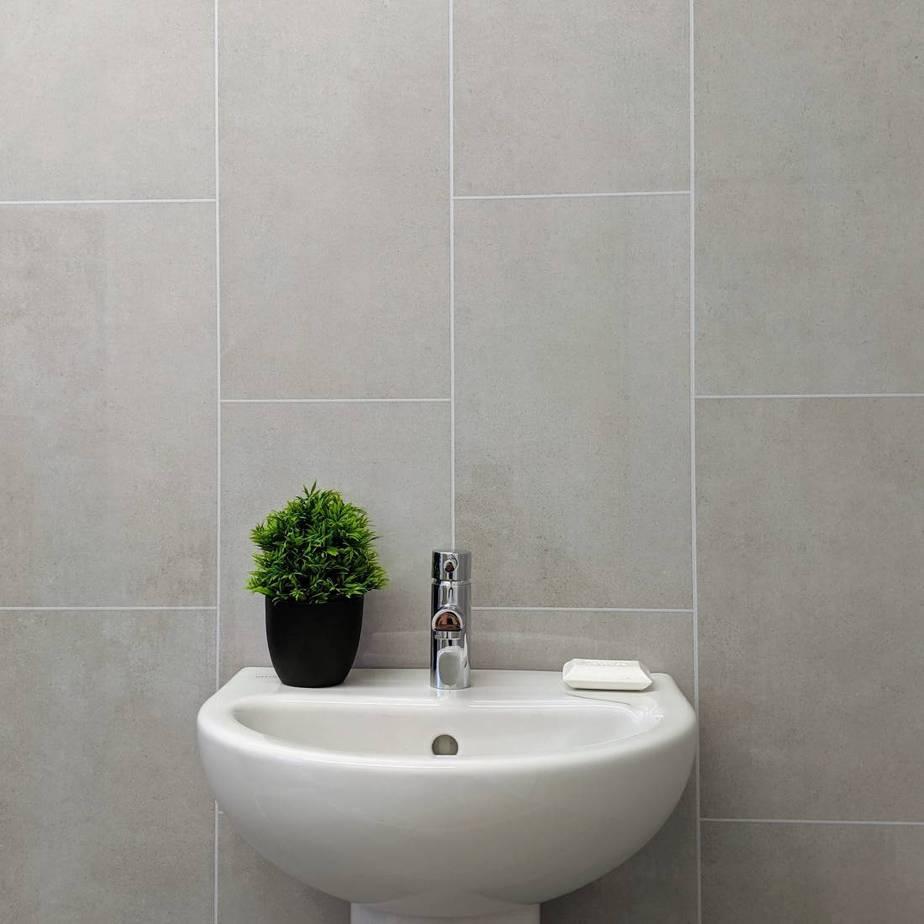 8mm klasic grey tile effect bathroom wall panel