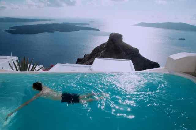 Can you swim in an infinity pool?