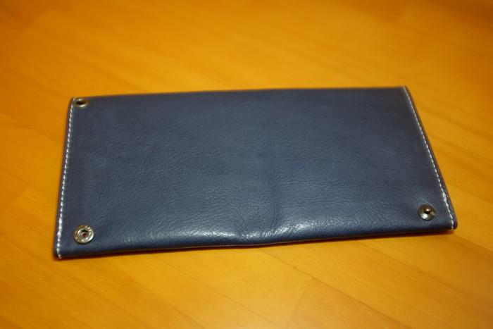 新品の旅行財布裏面