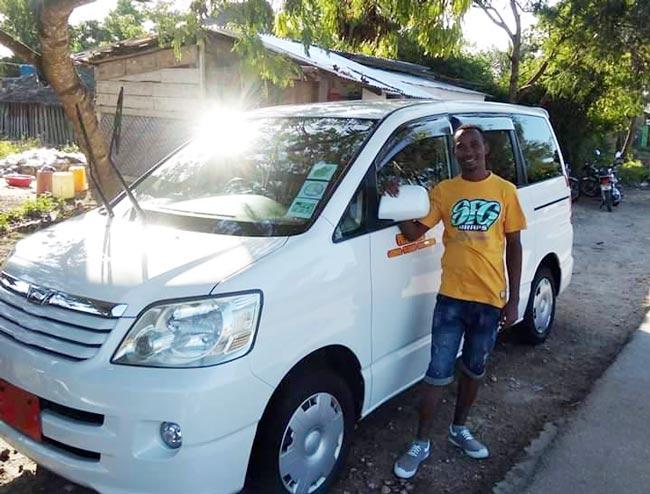 Taxi zanzibar Adam