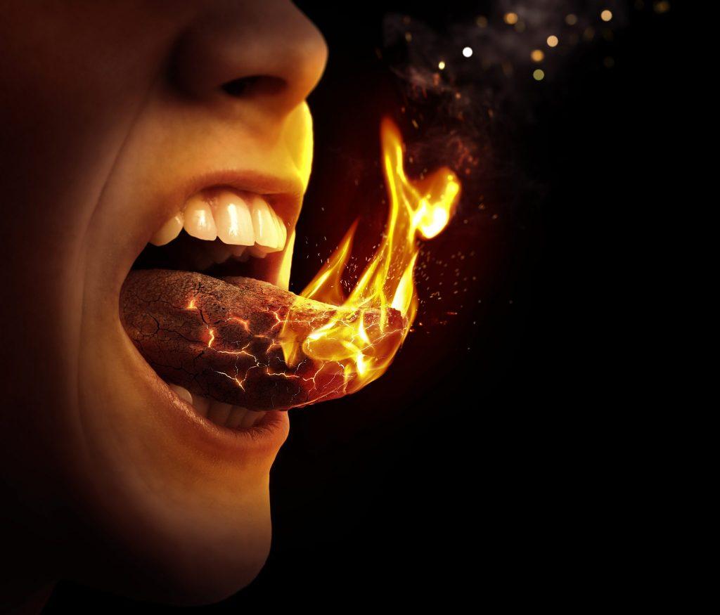 辛い 舌が燃えるほど