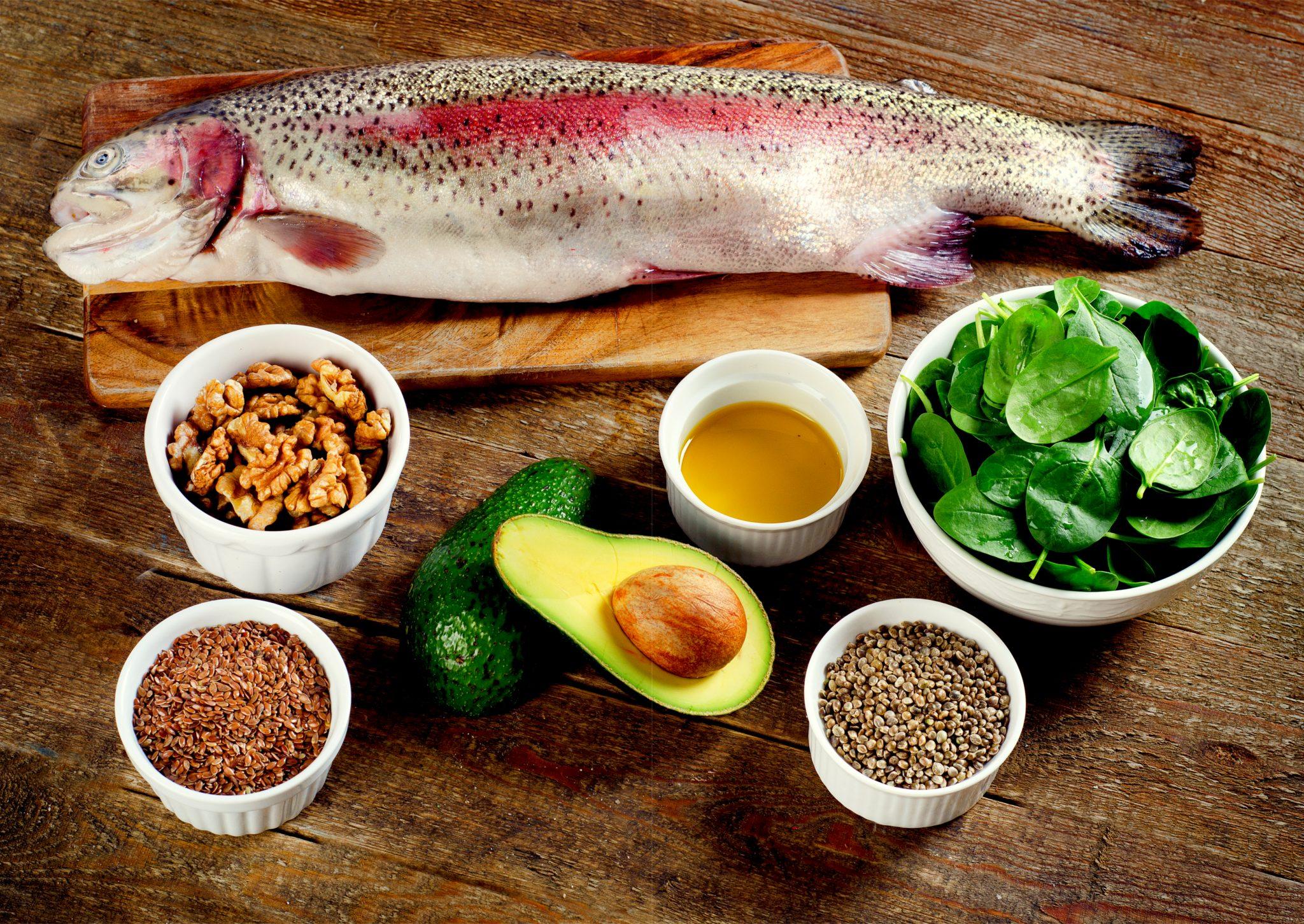 オメガ3を多く含む食品をまとめた写真