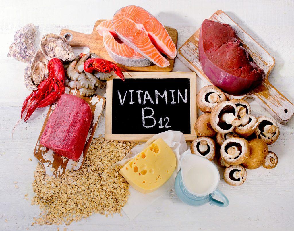 ビタミンB12(シアノコバラミン)を含む食べ物を集めた写真