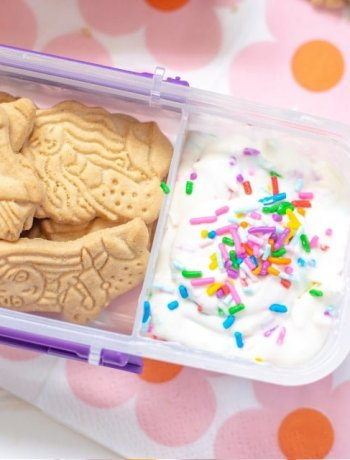 Magic Animal Crackers with frosting dip dunkaroo copycat