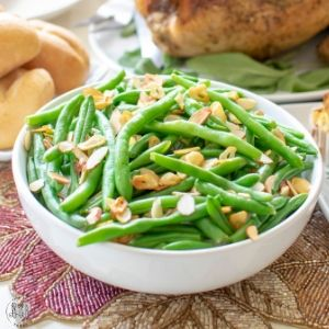 Fried Garlic and Almond Green Beans