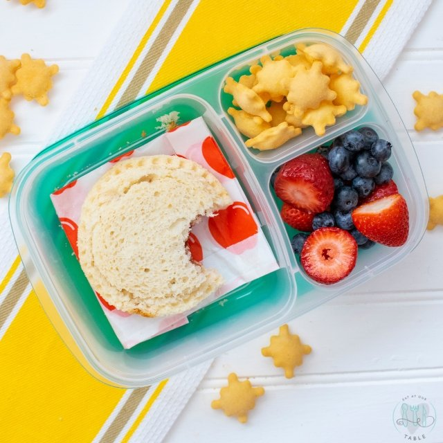 gluten free uncrustable lunch box with fruit and cheese snackers