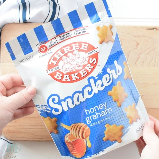 Three Bakers honey graham snackers