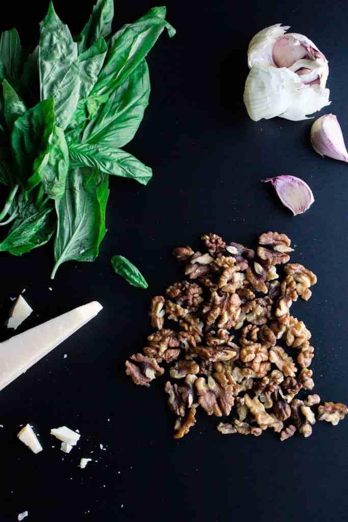 Walnut pesto ingredients