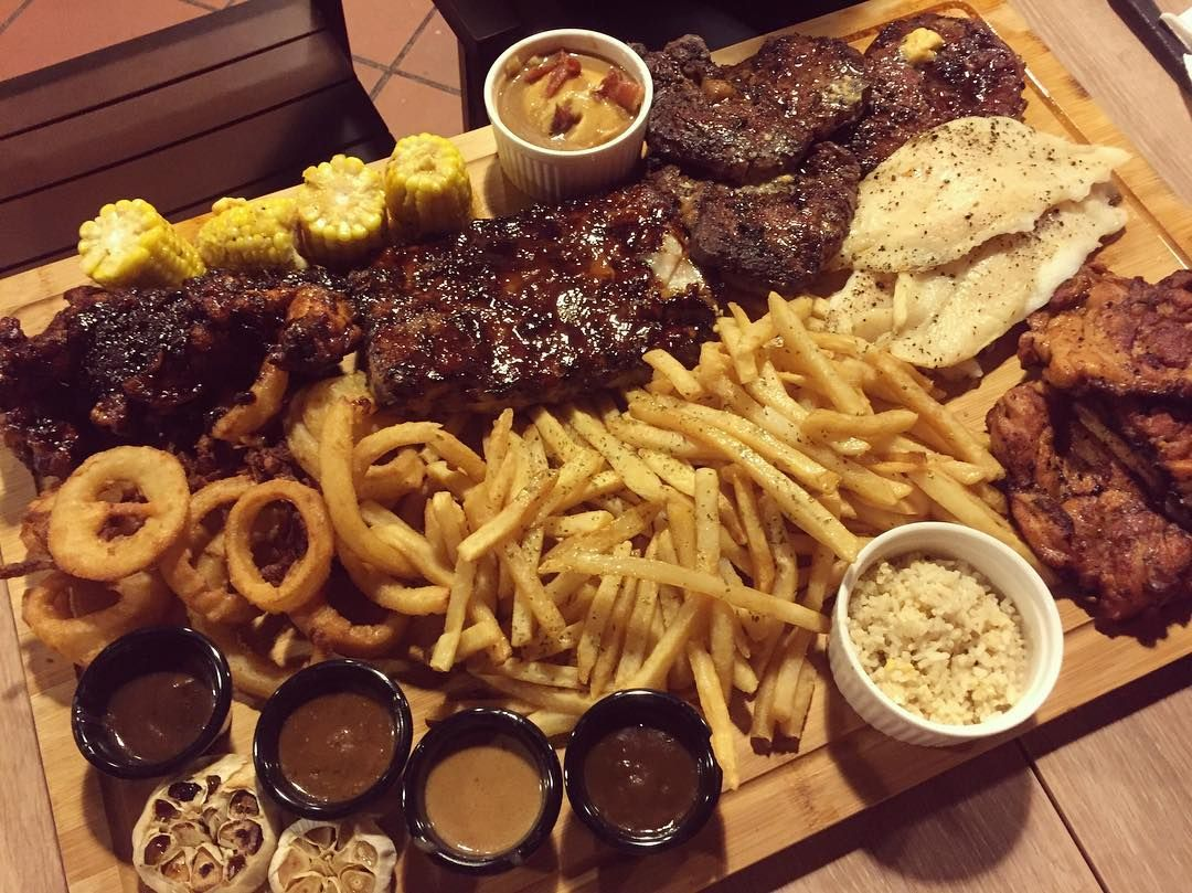 giant meat platters - wicked grill