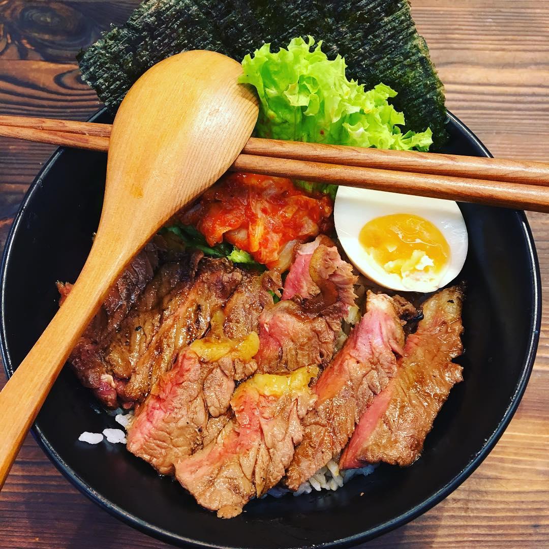 affordable beef donburi - premium steak don