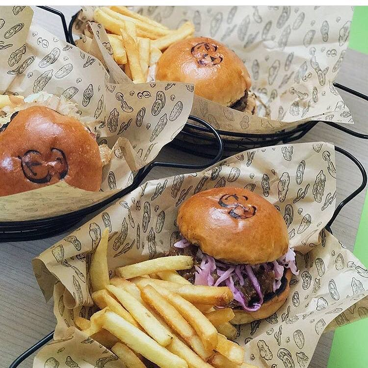 Affordable burgres- Burgs by Project Warung