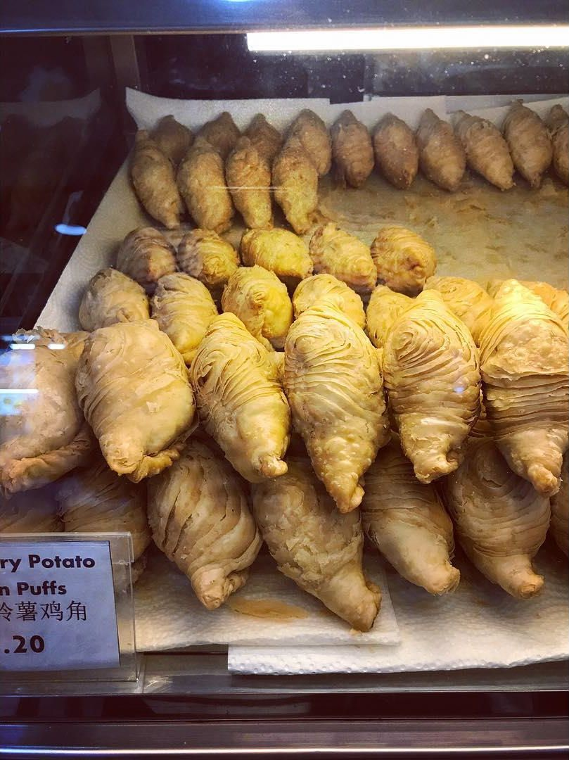 Curry Puff - J2 Famous Crispy Curry Puff