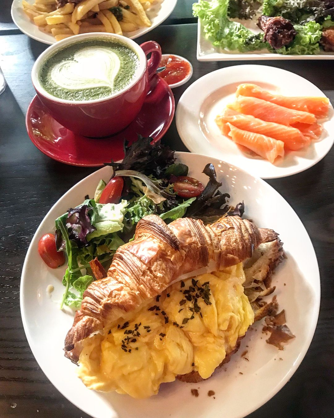 Macpherson food  - Knots Cafe