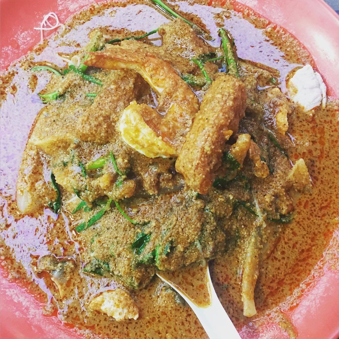 chomp chomp food centre-Satay beehoon Hainan beef noodle