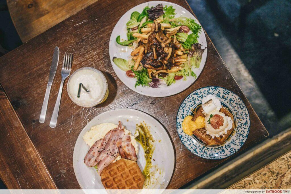 Corgi and The Gang Pet Cafe - food 1