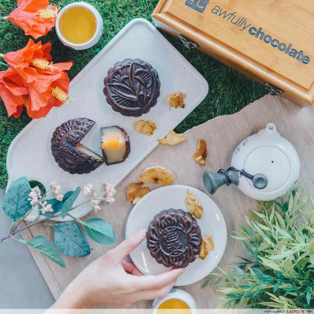 Mooncakes 2018 - Awfully Chocolate