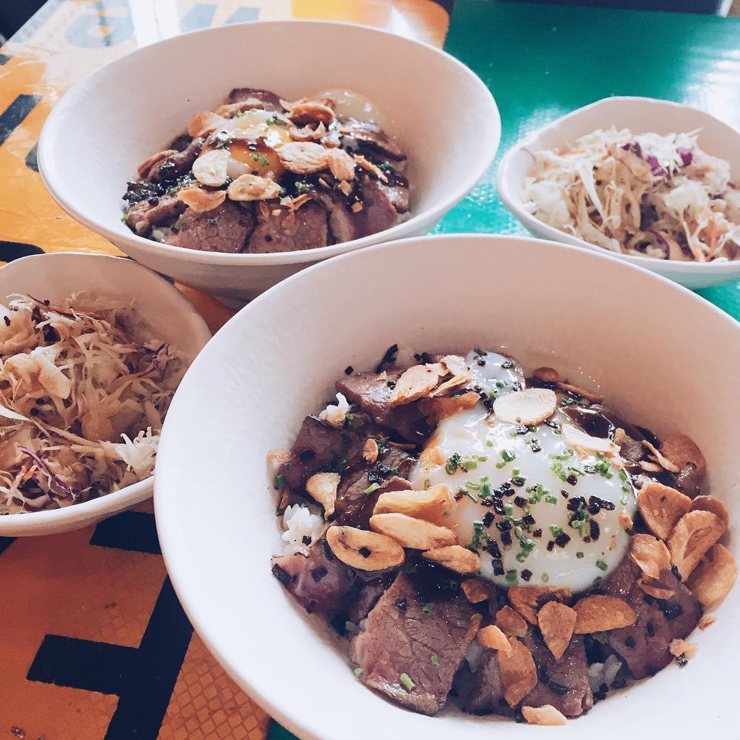 City Hall Food Grillo