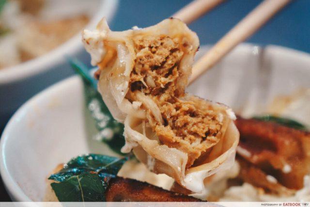 dumpling darlings momo curry