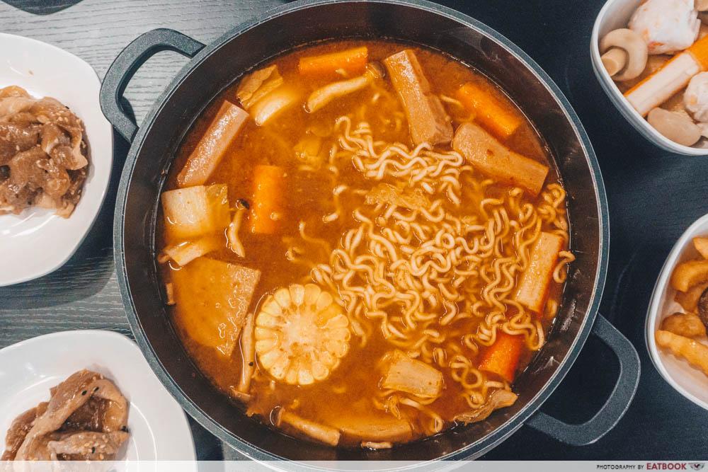 Captain Kim - Hot Pot
