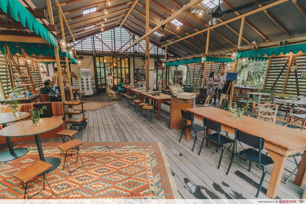 tiong bahru bakery safari interior