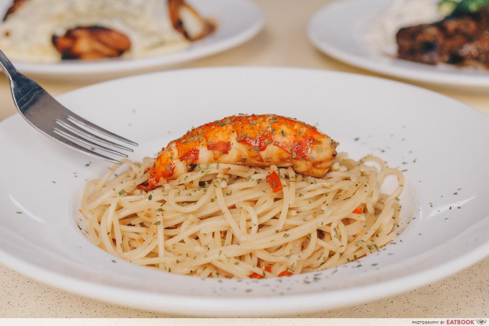 Chopping Board - Lobster Tube Pasta