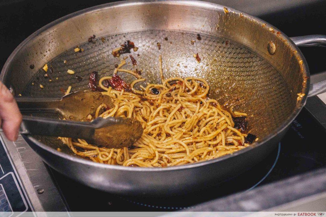 Roger's Kitchen ma la pasta cooking