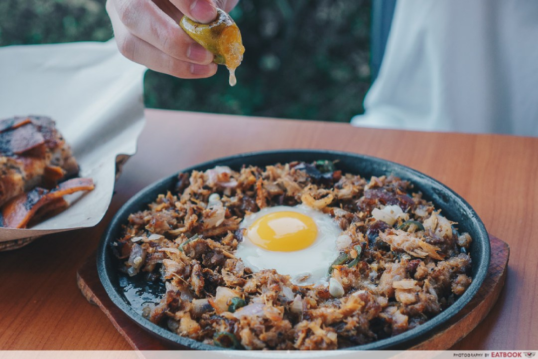 Don Lechon - sisig with calamansi