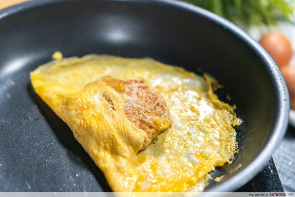Ramly Burger Recipe fold omelette