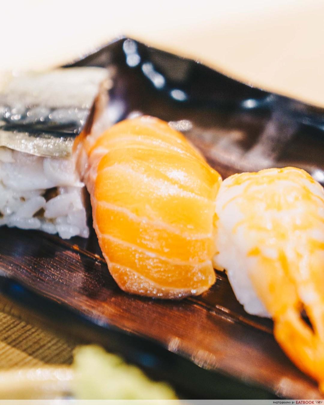 Gochi - salmon nigiri