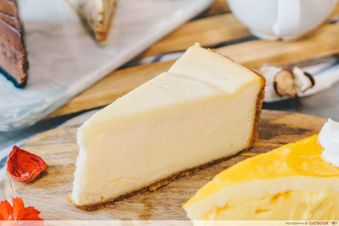 Beverly Hills Cheesecake - Classic Cheesecake
