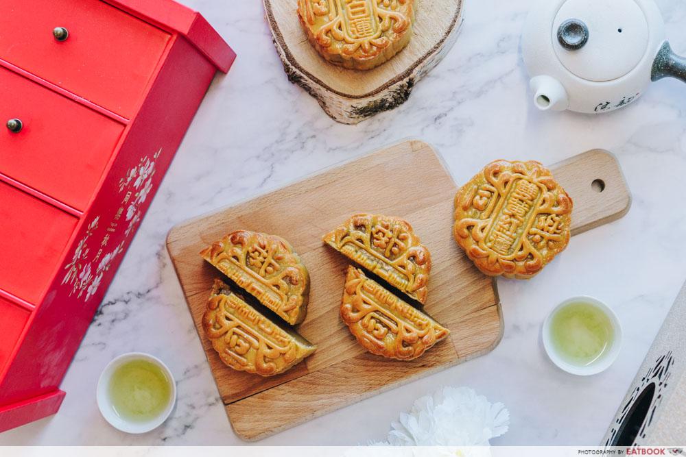 Flatlay of Perfect Duo mooncake set