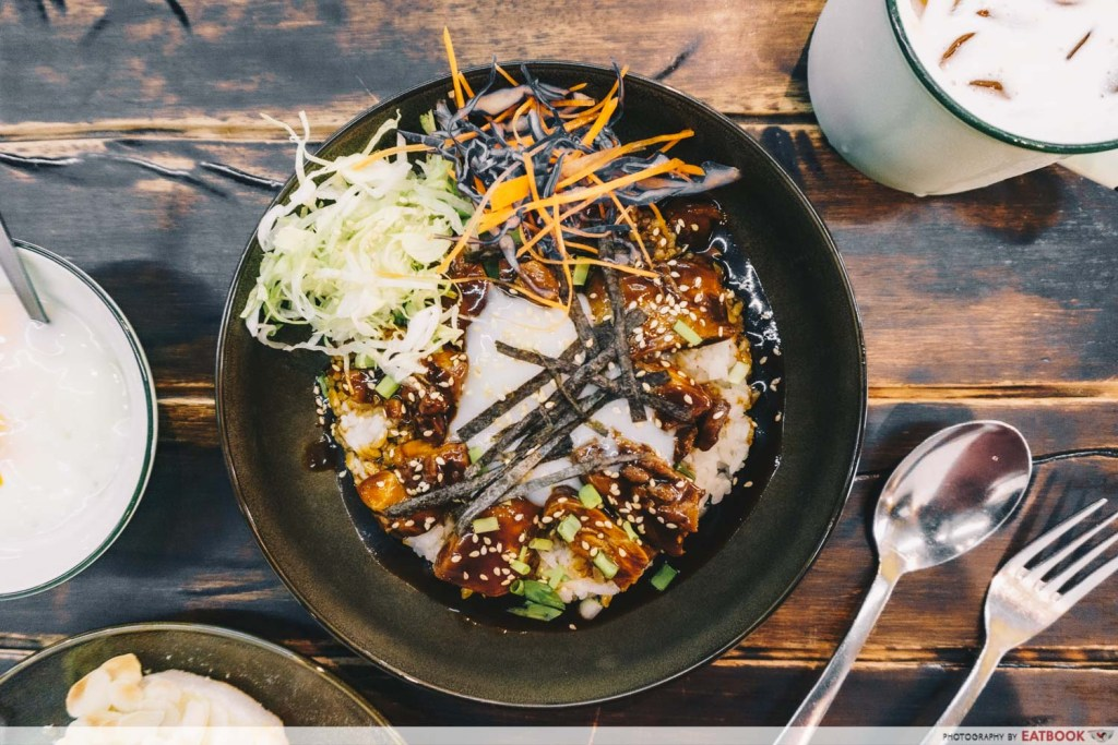 Power Coffeehouse Ayam Lu Rou Don
