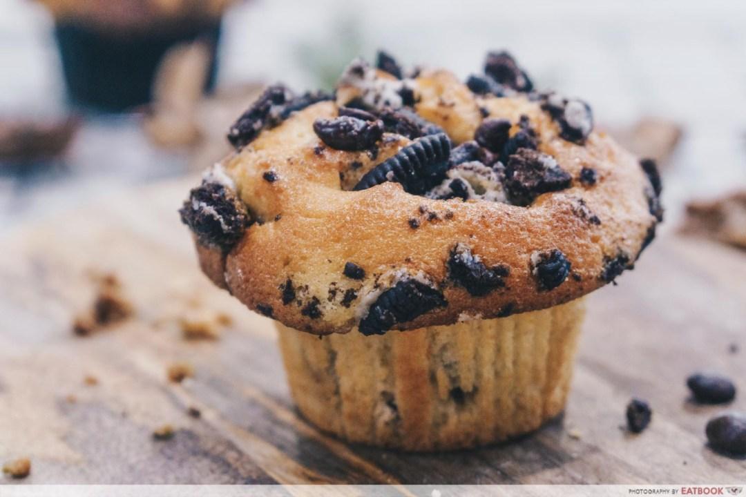 AJ Delights - Cookies & Cream muffin