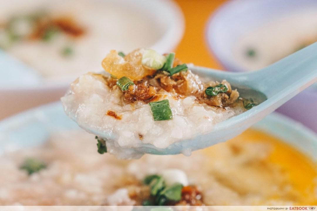 Soon Lee Porridge - Spoonful of pork porridge