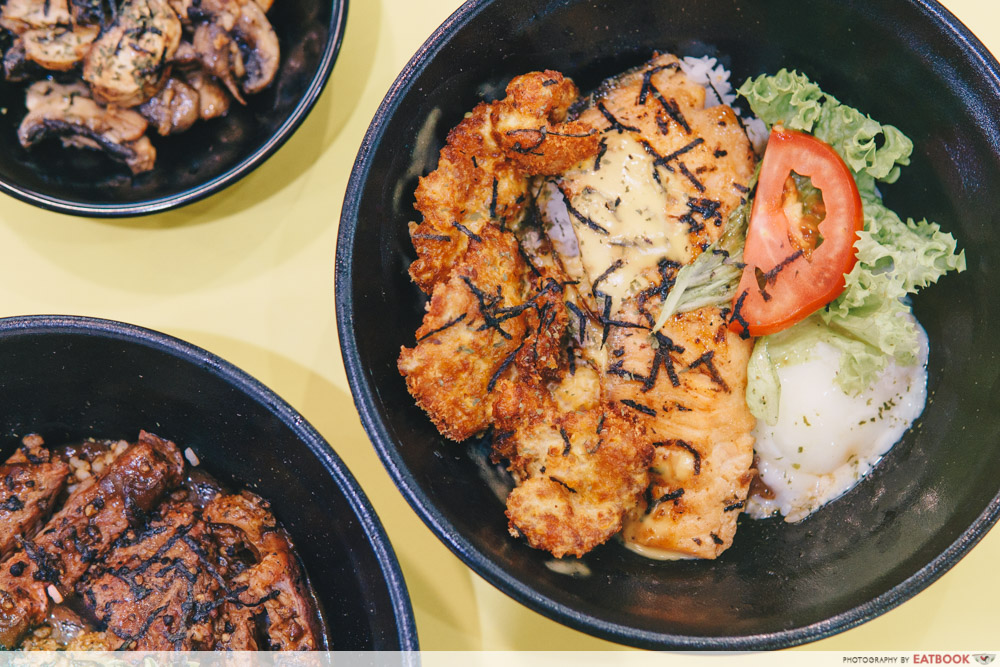 Bowl and Grill- Grilled salmon with teppanyaki sauce intro shot