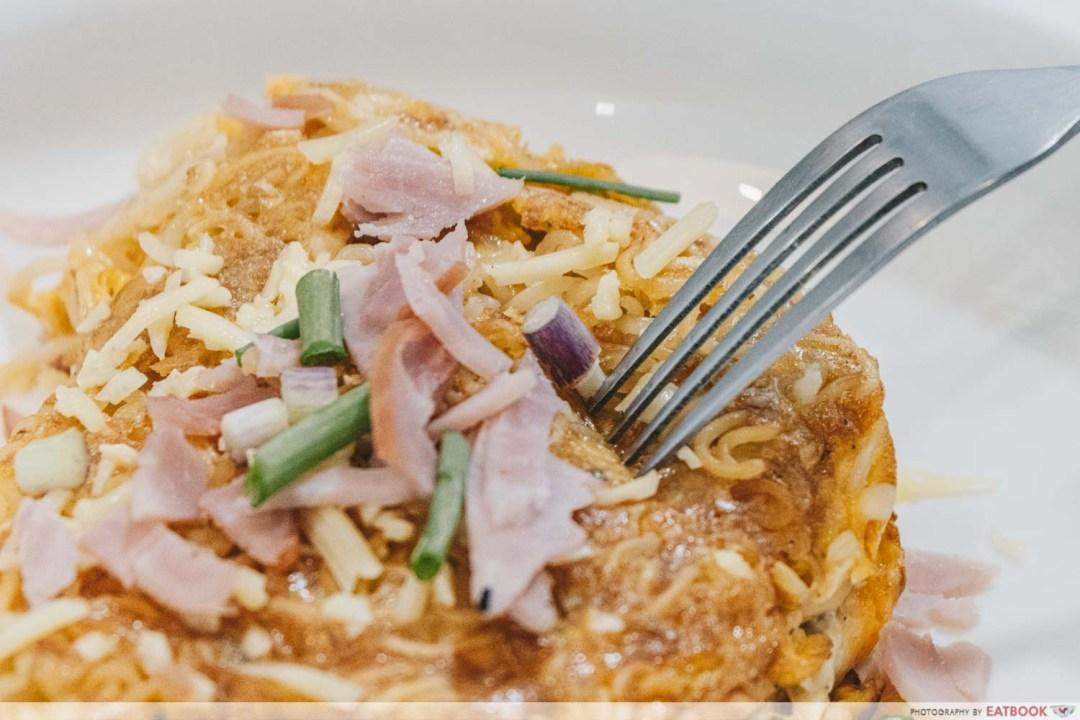 Instant Noodles Recipes - Ramelette close up