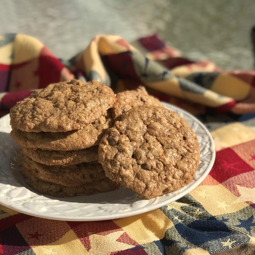 Cookie Recipes - Hilton DoubleTree Chocolate Chip Cookies