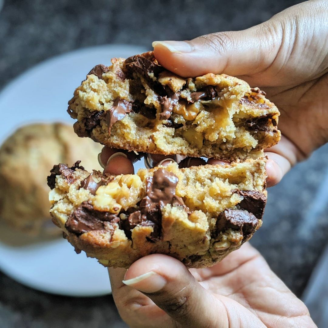Cookie Recipes - Levain-style Cookies