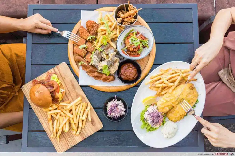 1-for-1 deals at clarke quay harry's food