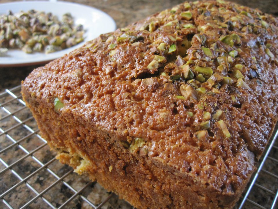 Pistachio Pound Cake (2/2)